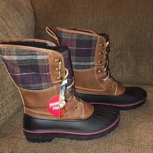 NEW Women's Temp Rated Memory Foam Boots Size 8